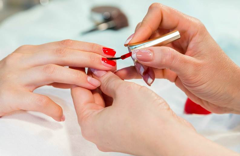 Certificate in Nail Gel Course (Manicures & Pedicures)